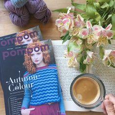 Ya está aquí! La nueva revista @pompommag para la temporada de otoño ha llegado y ya está disponible en la tienda online. . Este número está dedicado a los tintes naturales y no faltan los exquisitos patrones a los que ya nos tienen acostumbrados uno de ellos usando como base las madejas de @gregoriafibers . Hoy es festivo aquí así que los pedidos no saldrán hasta el próximo lunes  . #lana #lanas #yarn #wool #knittinginspiration #knitlife #lifestyle #slowfashion #tejer #punto #knit #knitting…