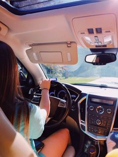 Naveen Driving School is highly experienced institute in Edmonton area. Our school provides you the professional driving training at affordable prices. Girls Driving, Driving School, Car Photos, Car Pictures, My Dream Car, Dream Cars, Car Goals, Cute Cars, Jolie Photo