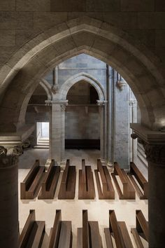 Interior view of the renovated century Pannonhalma basilica by John Pawson. Sacred Architecture, Church Architecture, Religious Architecture, Interior Architecture, Church Interior, Interior Exterior, John Pawson Architect, Modern Church, Church Design
