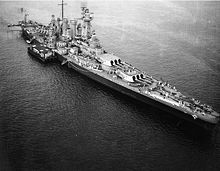 16 in USS Washington off New York in August 1942 after her return from service with the British Home Fleet: with sister North Carolina the US Navy's first post dreadnought era battleships. New York In August, Uss Alabama, Us Battleships, Naval History, Military History, Military News, Military Weapons, Military Art, Us Navy Ships