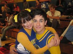 Photo rare of @selenagomez with @davidhenrie on set of Wizards Of Waverly Place