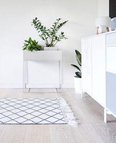 ferm LIVING Plant Box in light grey: https://www.fermliving.com/webshop/shop/green-living/plant-box-light-grey.aspx