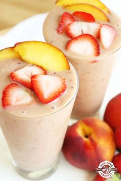Smoothies are a great way to start your family's day! Healthy, fast and portable. Try this Summer Fruit Explosion from @manitobaharvest #backtoschoolwithhemphearts