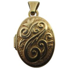 1b6540cf5 9k Gold Double Pendant Locket Vintage c1980. Antique Locket, Lockets,  Pocket Watch,