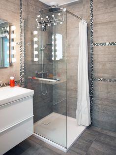 La salle de bains moderne de Séverine à Gujan Mestras. #leroymerlin…