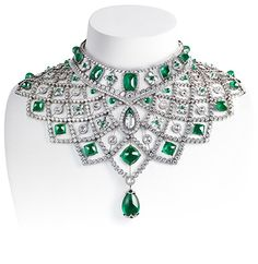 Le collier Romanov de Fabergé http://www.vogue.fr/thevoguelist/faberge/420#