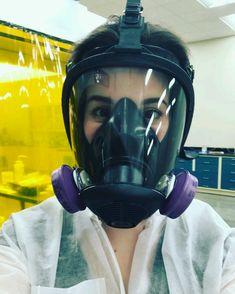 Scuba Diving Pictures, Gas Mask Girl, Gas Masks, Scuba Girl, Respirator Mask, Helmets, Masquerade, Pandora, Outdoors