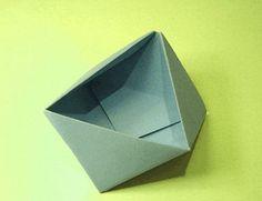 scatola triangolare