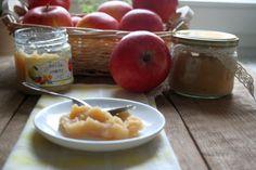 Jabłka prażone na szarlotkę.