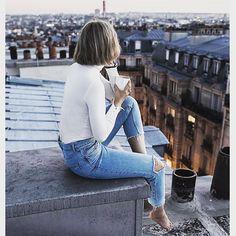 Un souffle de liberté #breath #landscape #parisjetaime #paris #fashion #igersparis #outfit #denim #roof #coffee