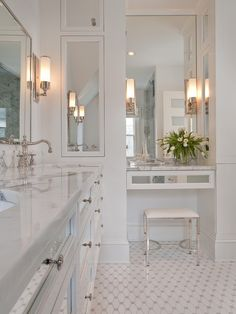 hollywood glamour bathroom | LoveIt | Old Hollywood Glamour,Master Bathroom