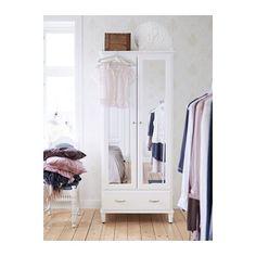 """TYSSEDAL Garderobeskab IKEA Hængsler med integreret dæmper, der """"fanger"""" døren, så den lukker langsomt, stille og blødt."""