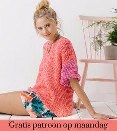 Gratis patroon op maandag - Breipatroon trui. Ontvang ieder maandag het gratis patroon en een leuke aanbieding van het garen. Mode Crochet, Knit Crochet, Knitting Designs, Knitting Patterns, Cardigan Au Crochet, Crochet Skirts, Knitted Bags, Crochet Fashion, Shawls And Wraps