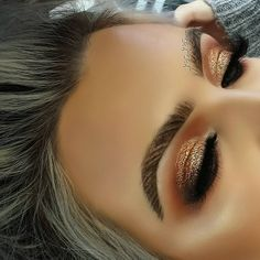 Makeup by _kas_kas__ brows:Anastasia Beverly Hills Dipbrow Pomade Waterproof Brow Color. Afflink. #makeup #beauty #anastasiabeverlyhills