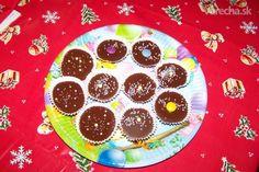 Tento recept mám od mojem švegeriny. Ale sú to najlepšie šuhajdy aké som kedy robila a to som ich vyskúšala teda už dosť. Na vianoce určite nemôžu chýbať na stole. Christmas Cookies, Cake, Food, Searching, Xmas Cookies, Christmas Crack, Christmas Biscuits, Kuchen, Essen