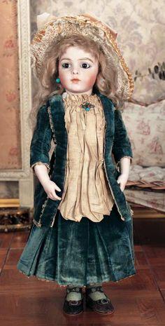 Scenes from the Court: 140 French Bisque Bebe Bru Jne with Original Body Victorian Dolls, Antique Dolls, Vintage Dolls, Pretty Dolls, Beautiful Dolls, Madame Alexander, Dolly Doll, Half Dolls, Doll Wigs