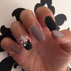 Winter Nail Art Ideas - 80 Best Nail Designs This Winter Fancy Nails, Love Nails, Pretty Nails, My Nails, Nail Art Rhinestones, Rhinestone Nails, Beautiful Nail Designs, Cool Nail Designs, Black Nails