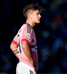 Paulo Dybala scored twice as Juventus spoiled Udinese's welcoming party at the revamped Friuli in a rout. Soccer Players Hot, Soccer Guys, Soccer Stars, Rugby Players, Football Players, Juventus Players, Juventus Fc, Juventus Soccer, Football Is Life