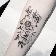 55 tatuagens no antebraço que provam a versatilidade dessa região Cute Tattoos, Body Art Tattoos, New Tattoos, Girl Tattoos, Small Tattoos, Sleeve Tattoos, Pretty Tattoos, Tattoo Ink, Tatoos