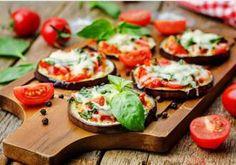 Tocana de fasole verde pentru iarna - Rețete Merișor Ways To Cook Eggplant, Eggplant Pizza Recipes, Eggplant Pizzas, Healthy Eggplant, Zucchini Pizzas, Baked Eggplant, Appetizer Salads, Great Appetizers, Aubergine Pizza