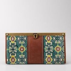 The Official Site for Fossil Watches, Handbags, Jewelry & Accessories Fossil Wallet, Fossil Watches, Fossil Handbags, Fossil Purses, Fossil Bags, Sparkle Shoes, Pretty Shoes, Beautiful Bags, Types Of Fashion Styles