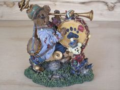 """Boyds Bears & Hares 2000  """"One Bear Band"""" Resin Figurines Numbered"""