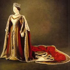 Parliament robes worn by Queen Victoria, ca. 1838-1851 In Royal Fashion