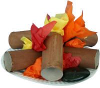 Set up the sheet fort as your tent and this toilet paper roll & tissue paper campfire for indoor camping party. Kids Crafts, Summer Crafts, Preschool Crafts, Summer Fun, Party Crafts, Art Party, Camping Theme, Camping Crafts, Camping Set