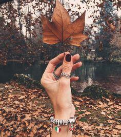 """3,459 curtidas, 26 comentários - Fashion Coolture (@fashioncoolture) no Instagram: """"Minha foto favorita da minha estação favorita usando as minhas jóias favoritas, outono é muito…"""""""