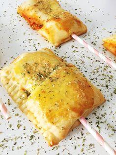 PIZZA POPS: Pizza am Stiel von @minimenschlein http://www.minimenschlein.de/rezepte/-kinderliebling-pizza-pops-pizza-am-stiel