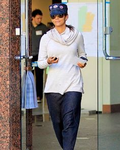 halle berry in the le slouch pant | art dept. clothing