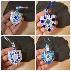 Hanukkah Decorations, Happy Hanukkah Gift Dreidel Ornament, Jewish Holidays, Mini Silver Blue Dreidel Hanging Ornament, Judaica Keepsake