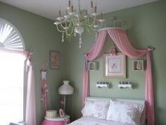 Ballerina Princess room! I'm in love! Just would have to change from pink to purple!