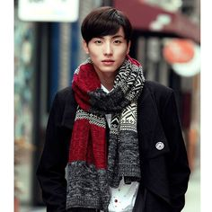 men's fashionable scarf