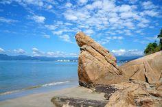 Praia do Garcêz ❤️ Pedra da Freira/ Caraguatatuba - Litoral Norte S P