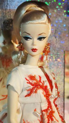 Palm Beach Coral Silkstone Barbie Blonde Darling Version