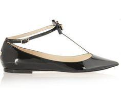 Φλατ παπούτσια που δεν υστερούν σε θηλυκότητα | μοδα , news & super trends | ELLE