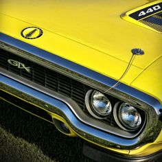 Yellow 440 Plymouth GTX While it's true in which Muscle tissue Car or truck can Best Muscle Cars, American Muscle Cars, Plymouth Satellite, Plymouth Gtx, Bmw S, Car Manufacturers, Chevrolet Camaro, Car Pictures, Mopar