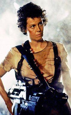 Sigourney Weaver as Ripley in Aliens (1986).