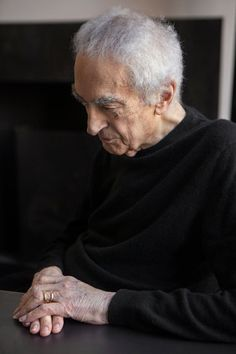Massimo Vignelli: A Master in the Grammar of Design - NYTimes.com | Massimo Vignelli, the acclaimed graphic designer who died Tuesday, reads from letters sent by those inspired by his work. His son put out a call for the letters when his father's health deteriorated. | #vignelli #graphic #design