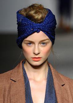 10 Ways to Wear a Headscarf