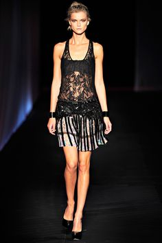 Roberto Cavalli Spring 2012 RTW - Review - Fashion Week - Runway, Fashion Shows and Collections - Vogue