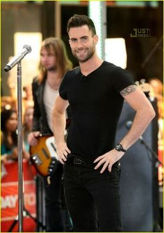 Adam Levine Fashion and Style - Adam Levine Dress, Clothes, Hairstyle - Page 4