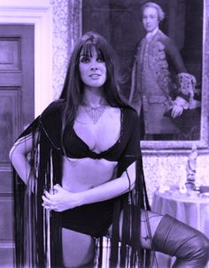 Caroline Munro in Dracula A. She was my first movie star crush. - So Funny Epic Fails Pictures Hammer Horror Films, Hammer Films, Sexy Horror, Caroline Munro, Vampire Girls, Horror Monsters, Bond Girls, Actrices Hollywood, Vintage Horror