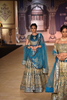 Complete Collection: Reynu Taandon at India Couture Week 2017