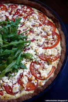 Cebicin keittiössä: Feta-tomaattipiirakka