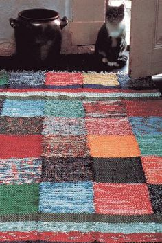 DIY patchwork rag rug with free instructions