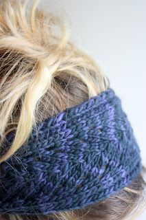 Blue Leaf Headband free pattern by Adrienne Krey on Ravelry - this version knit by lime riot, posted on lime riot.blogspot.com