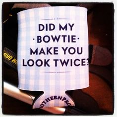 Yes, yes it did :) love the bow tie