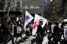 Sous tutelle depuis huitmois sans avoir reçu le moindre centime d'aide, Athènes a repris les négociations avec ses créanciers. La tâche s'annonce ardue.